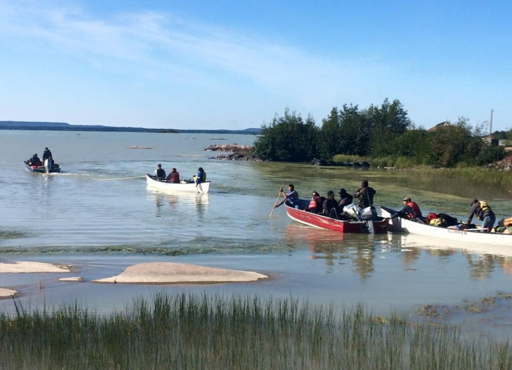 August 6, 2016 - Kwiitì Tili / Mowhi Canoe Trail depture from Behchokǫ̀. Photo by Tony Rabesca.